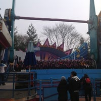 Photo taken at Double Rock Spin by Jeong-jin N. on 1/20/2013