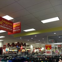 Photo taken at Kohl's Reno West by Mafer E. on 12/29/2012