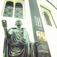 Das Foto wurde bei British Museum von Toni T. am 4/26/2013 aufgenommen