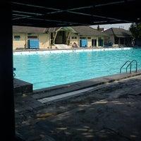 Photo taken at kolam renang Tirta Bhirawa Kopassus by Irfan A. on 10/6/2012