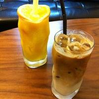 Photo taken at BIGBRO COFFEE by Hanna S. on 9/29/2013