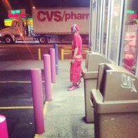 Photo taken at Dunkin Donuts by Jessica L. on 6/3/2014
