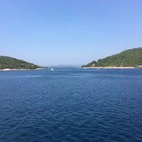 Photo taken at Sato Tour Denizin Ortası by Demet K. on 8/29/2018