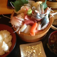 Photo taken at 食堂 漁専 by Hisamitsu W. on 9/14/2013