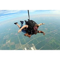 Photo taken at Chicagoland Skydiving Center by Yannick on 8/2/2015