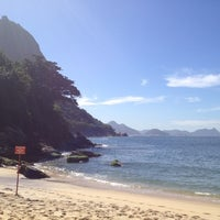 Photo taken at Praia Vermelha by Daniel R. on 8/21/2012