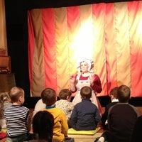 Снимок сделан в Театр-студия Karlsson Haus пользователем Lenka Q. 10/7/2012