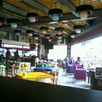 10/24/2012 tarihinde Nil Damla E.ziyaretçi tarafından Big Yellow Taxi Benzin'de çekilen fotoğraf