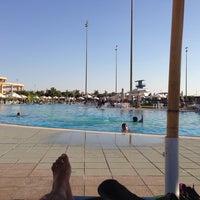 Photo taken at Heliopolis Club El. Sherouk - Swimming Pool by Antony S. on 10/5/2014