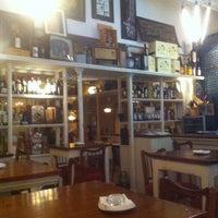 4/20/2014 tarihinde Jon R.ziyaretçi tarafından La Trastienda del Cuatro'de çekilen fotoğraf