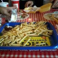 Photo taken at Burger King by #Hüseyin😎 on 3/3/2013