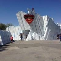 Снимок сделан в Superman: Escape From Krypton пользователем AIR S. 4/19/2013