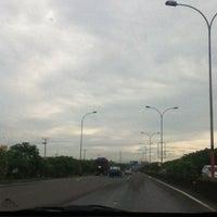 3/5/2013에 novi elvira n.님이 Jalan Tol Seksi Empat (JTSE)에서 찍은 사진