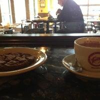 1/17/2013 tarihinde Rebecca B.ziyaretçi tarafından Espresso Vivace'de çekilen fotoğraf