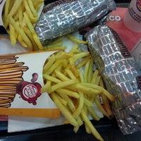 Photo taken at Burger King by Chinila H. on 12/4/2012