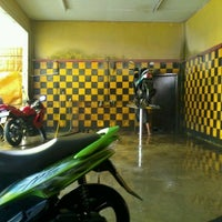 Photo taken at Ummy (Motorbike Wash Center) by Ganang A. on 12/27/2012
