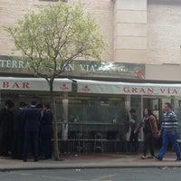 Foto tomada en Cafe Bar Gran Via por Luis G. el 4/20/2013