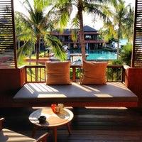 Photo taken at Hansar Samui Resort & Spa by Rebecca on 3/30/2013