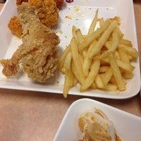 Photo taken at KFC by Cazex P. on 1/28/2014