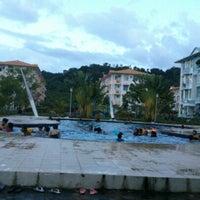 Photo taken at Summer Bay Swimming Pool by Eyka Atiqah E. on 12/15/2012