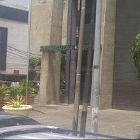 Photo taken at Starbucks by Aidil Nashriq A. on 2/3/2013