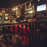 Снимок сделан в Edward's Pub пользователем Evgenia B. 6/23/2013