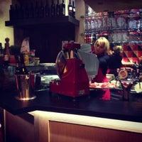 Das Foto wurde bei Comptoir Gourmet von Miki H. am 3/15/2013 aufgenommen