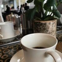 Photo prise au Café Calla at Mandarin Oriental, Geneva par A {. le11/18/2017