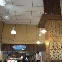 Photo taken at Café de Thaan Aoan by Eric L. on 6/8/2013