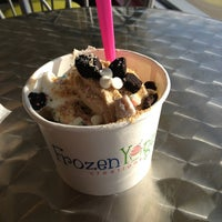4/16/2013에 Shelby D.님이 Frozen Yogurt Creations에서 찍은 사진