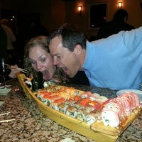 Photo prise au Tasu Asian Bistro Sushi & Bar par Donna B. le2/21/2013