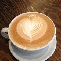 2/26/2013にDan Y.がThird Rail Coffeeで撮った写真