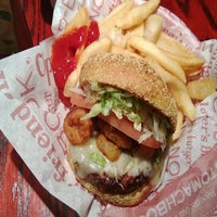 Photo taken at Red Robin Gourmet Burgers by Jerren M. on 3/16/2013