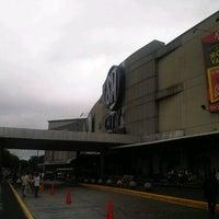 Foto tomada en SM City San Lazaro por ghebes el 9/16/2012