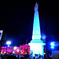 Foto tirada no(a) Plaza de Mayo por Ariel C. em 4/19/2013