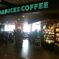 Photo taken at Starbucks by Gabriele T. on 9/23/2012