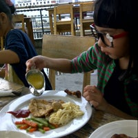 Photo taken at Well Done Steakhouse by Sõéi 丘. on 11/24/2012