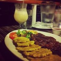 Photo taken at Restaurante El Muelle by Nitsi G. on 10/7/2012