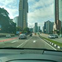 Photo taken at Jalan Tun Razak by Mahathir Z. on 5/15/2017