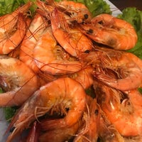 Photo taken at ริมเขื่อน (Rim Khuean Restaurant) by Whan N. on 10/23/2017