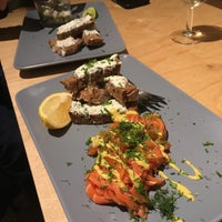 Photo taken at Oysters & Smørrebrød by Simon D. on 10/3/2017