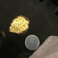 9/16/2018 tarihinde Phil M.ziyaretçi tarafından Landmark Atlantic Plumbing Cinema'de çekilen fotoğraf