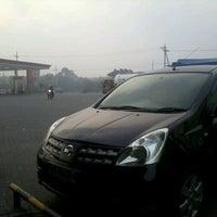 Photo taken at SPBU 5461336 by Dodyx 8. on 3/24/2013