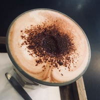 Foto scattata a Café Capitale da M. Sıla B. il 2/28/2018