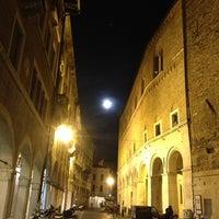 รูปภาพถ่ายที่ Albergo al Fagiano โดย Daniela C. เมื่อ 9/19/2013