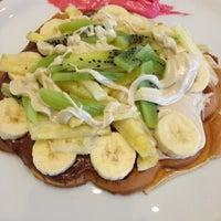 11/26/2012 tarihinde Ece E.ziyaretçi tarafından Vabi Waffle & Kumpir House'de çekilen fotoğraf