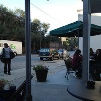 Photo taken at Starbucks by Amerikan on 10/23/2012