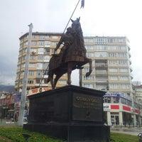 Foto tirada no(a) 15 Temmuz Demokrasi Meydanı por Yusuf S. em 2/13/2013