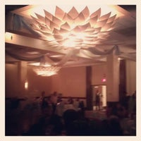 Photo taken at Sheraton Stamford Hotel by Larianne T. on 1/13/2013