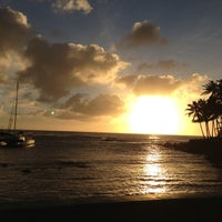 Foto tomada en Poipu Beach por Kyle M. el 12/12/2012